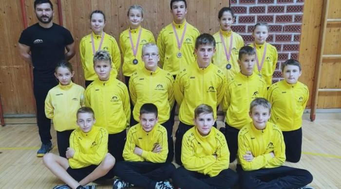 Pet medalja predstavnika Hrvačkog kluba Zadar na prvenstvu Hrvatske
