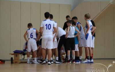 Završena natjecanja osnovnih škola u plivanju i košarci