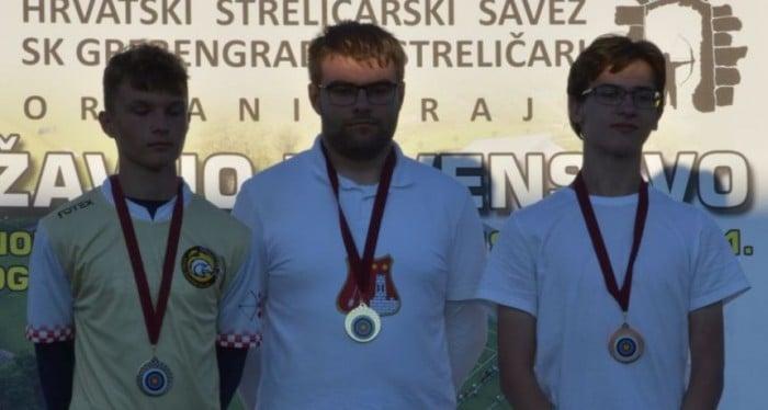 Prvenstvo Hrvatske u metnom streličarstvu: Luka Škara osvojio broncu